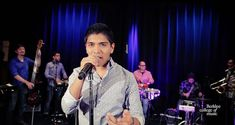 Christian Yaipen is the singer from Grupo 5 (Peruvian Cumbia Orchestra) and grew up listening and singing this style of music. In this video, Christian and h. Orchestra, Good Music, Growing Up, Youtube, Singing, Christian, Concert, Private Property, Sisters
