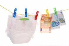Komu przysługuje becikowe we Włoszech Bonus bebè Baby Cost, Retail Logo, Clothes Line, Blue Tones, Live Life, Baby Photos, Make It Simple, Royalty Free Stock Photos, Concept