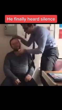 Funny Videos Clean, Funny Prank Videos, Crazy Funny Videos, Funny Videos For Kids, Funny English Jokes, Some Funny Jokes, Hilarious, Really Funny Joke, Funny Films