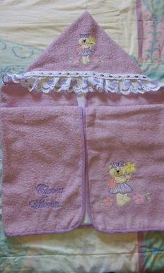 Toalha de banho com capuz forrada com fralda