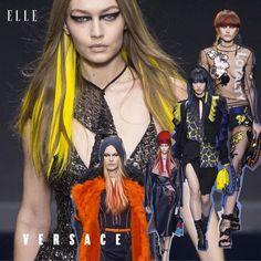 #ELLEshowtime 더없이 섹시하고 강렬한 여인들의 무대 캣츠아이 메이크업 로고 비니와 스카프 펑키한 아우터 등등. #지지하디드 #켄달제너 #최소라 등 톱모델들이 총출동한 #베르사체 쇼! @versace_official via ELLE KOREA MAGAZINE OFFICIAL INSTAGRAM - Fashion Campaigns Haute Couture Advertising Editorial Photography Magazine Cover Designs Supermodels Runway Models