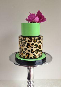 Modern Animal Print cake by the Cake Whisperer