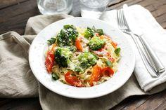 Tagliatelle met broccoli, paprika en kaassaus