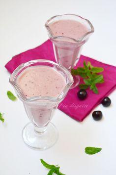 Make ahead cherry oatmeal smoothie