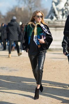 Paris Fashion Week Street Style #PFW #StreetStyle #Look #Outfit