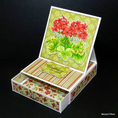 If you& looking for a novel way to give a little gift, then look no further than this fabulous card fold. Easel box cards have a built i. Easel Cards, 3d Cards, Pop Up Cards, Stampin Up Cards, Fancy Fold Cards, Folded Cards, Box Cards Tutorial, Karten Diy, Interactive Cards