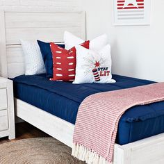 Beddy's is the perfect neutral. You can change out the decor for different holidays! #zipperbedding #zipyourbed #beddys #homedecor #boysroom #boysroomdecor #kidsinterior #kidsbedroom #kidsbedding #kidsdesign #bedding #boystuff #boybedding #beddings Floral Bedroom Decor, Boho Decor, Beddys Bedding, Zipper Bedding, Shared Bedrooms, Kid Bedrooms, Bedding Inspiration, Girls Bedroom, Bedroom Ideas