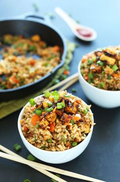 AMAZING HEALTHY Vegan Fried Rice with Crispy Tofu #vegan #glutenfree #recipe #chinese #friedrice #plantbased #minimalistbaker
