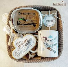 Lola Wonderful_Blog: Regalos personalizados para el día del Padre Bf Gifts, Love Gifts, Craft Gifts, Diy Crafts To Sell, Fun Crafts, Lola Wonderful, Diy Gift Baskets, Magic Box, Dad Day