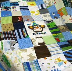 baby-clothes-quilt.jpg 640×632 pixels