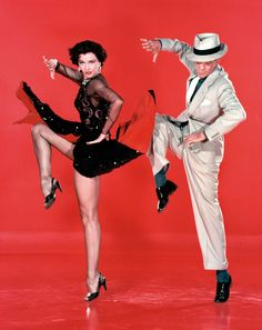Fred Astaire e Cyd Charisse. My mom and I used to watch these when I was a kid