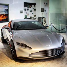 007 Aston Martin DB10 :-P
