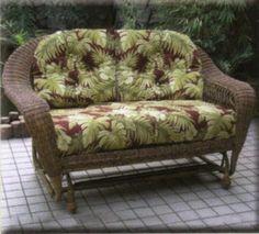 Flat Bottom Swinger Wicker Chair