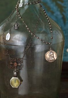 """Precious Time Necklace Tutorial - free download """"If we are using our time wisely, it seems to expand, but if we are chase it, it seems to run away,"""" writes Marie French, in her book Inspiritu Jewelry."""