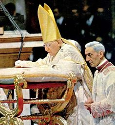 Pope John XXIII and Cardinal Enrico Dante Catholic Saints, Roman Catholic, Papa Pio Xi, Juan Xxiii, Catholic Pictures, Pope Benedict, Pope John Paul Ii, Church History, Papi