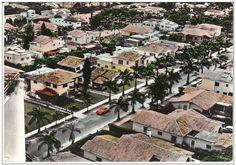 Cuando las quintas de El Rosal te hacían sentir en Beverly Hills: sin rejas ni muros y con palmeras. | ¿Puedes ver estas 24 fotos sin querer de vuelta a la Venezuela de antes?