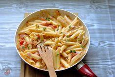 Makaronowa patelnia - Pasja Smaku Aga, Apple Pie, Pasta Recipes, Pasta Salad, Macaroni And Cheese, Spaghetti, Food And Drink, Rice, Lunch