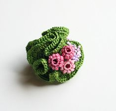 Brooch, green with buds {findevogel}