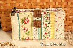 Double zipper long purse / wallet PDF sewing pattern by StoryQuilt