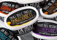 Helados La Muu. Packaging efecto pizarra y tiza. Frases que evocan lo que sentiremos al probarlos. #packaging
