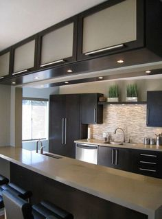 Resultado de imagen para small modern kitchen #cocinaspequeñasmodernas