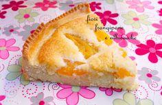 crostata di frangipane con albicocche
