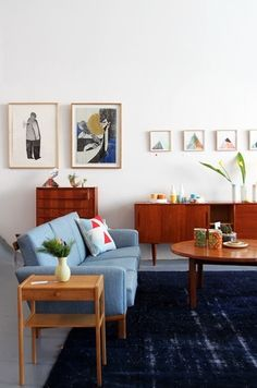 Loving the mid century vibe in this lounge room, interiors inspiration