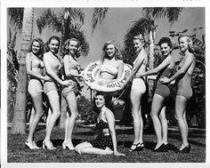 Norma Jeane (centre), for The Blue Book Model Agency. Photo by Joseph Jasgur, 1946.