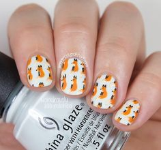 Hand painted foxes for the first day of the 31 Day Challenge 2.0! More photos and info on the blog now! http://www.wondrouslypolished.com/...