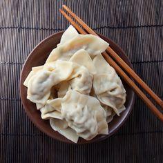 Hier gibt's die besten Dim Sums der Stadt (Bild: Thinkstockphotos.de) Asian Recipes, Ethnic Recipes, Desserts, Food, City, Food Food, Meal, Deserts, Essen