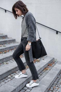 Weekend Uniform: Black, White & Grey I Full story on viennawedekind.com