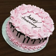 Birthday cake decoration for women pink ideas for 2019 - Birthday Cake Blue Ideen Cake Decorating Techniques, Cake Decorating Tips, Cake Cookies, Cupcake Cakes, Happy Anniversary Cakes, Kue Anniversary, Wedding Anniversary, Buttercream Birthday Cake, Cake Birthday