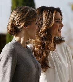 Los detalles de los peinados de las Reinas Letizia y Rania