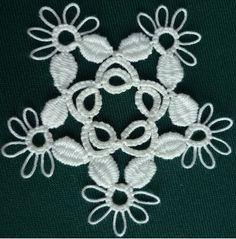 Cluny flower/snowflake