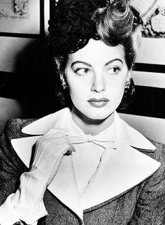 Ava Gardner, 1943