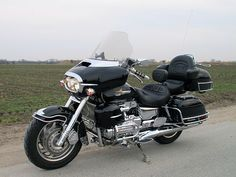 Honda F6 GL 1500 Valkyrie Interstate. Looks pretty close to what mine looks like.
