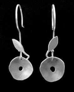 DERAILED HARMONY, sterling silver earrings by #POLAOSLO Design at www.polaoslodesign.com