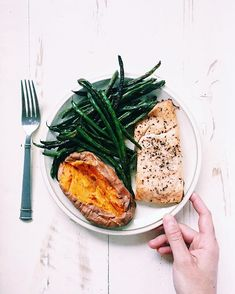 perfect summer dinner: baked salmon, roasted haricots verts and a baked sweet potato