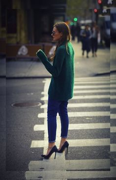 Comfy Casual Outfit For Winter With High Heels 05 Mode Style, Style Me, City Style, City Chic, Passion For Fashion, Love Fashion, Vogue, Sweaters And Jeans, Oversized Sweaters