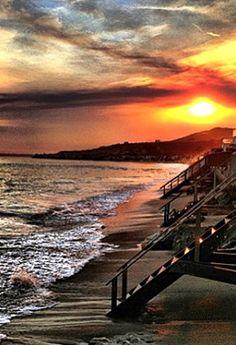 atardecer en Malibu - California,