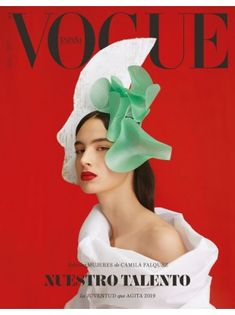 campaign editorial Africa Pealver for Vogue Spain January 2019 Vogue Magazine Covers, Fashion Magazine Cover, Fashion Cover, Magazine Cover Design, Vogue Covers, Magazin Covers, Magazine Mode, Delpozo, Cover Model