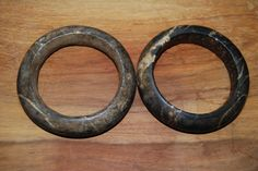 """Pair of stone Dogon bracelet from Mali. The stone is called """"pierre de Hombori"""". Early 20° century. ( inner dam.7,2cm / 7cm , outer diam.10,3cm / 10,3cm). Ref. """"A world of bracelets"""" by Anne van Cutsem, Ed. Skira, page 42. Price: on request. For more information, please email didiergregoire03@gmail.com"""