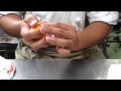 和菓子の煉り切り「みかん」 Making a tangerine!