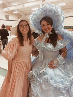 Woah so I met this amazing azalea trail maid and she was one of the sweetest people I've ever met.