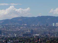 AIRLIFE te dice de acuerdo a los índices metropolitanos de la calidad del aire en el Valle de Mexico el dia de hoy la calidad del aire es buena, pero AIRLIFE te sugiere que si vas a recoger a tus hijos a la escuela, no te estaciones en doble fila ni entorpezcas el transito para evitar congestionamientos y que los niveles de contaminación en el aire sean desfavorables,  En caso de que los niveles de contaminación en el aire, se encuentren elevados, se pone en marcha la contingencia ambiental.