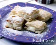 pratik_laz_boregi Pie Dessert, Dessert Recipes, Delicious Desserts, Yummy Food, Turkish Kitchen, Food Tags, Bakery Cakes, Turkish Recipes, Rice Krispie Treats