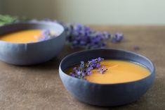 Hideg levendulás sárgadinnye-krémleves - MennyeiMentes Food, Meal, Eten, Meals