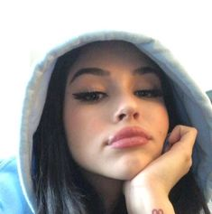 makeup ideas face makeup ideas makeup ideas makeup ideas skull makeup ideas ideas eyeshadow makeup ideas makeup ideas for halloween Maggie Lindemann, Tumbrl Girls, Poses Photo, Selfie Poses, Insta Photo Ideas, Aesthetic Girl, Girl Photography, Pretty People, Cute Girls