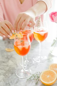 Thyme Infused Aperol Spritz / Aperol Spritz Cocktails / It's a Sparkly Life