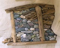 Image from http://www.celebrities8.com/wp-content/uploads/2014/10/pebbles-and-driftwood-art.jpg.